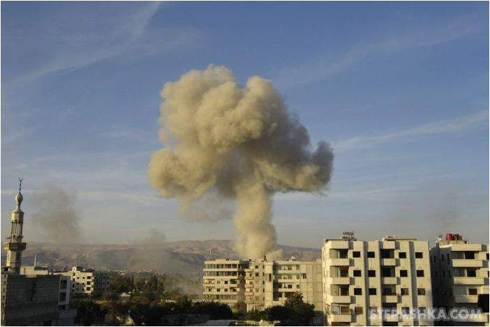 Estas imagens são da guerra na Síria.Não incluo imagens com pessoas visíveis,por respeito por elas próprias.Sou totalmente contra guerras.Infelizmente elas estão sucedendo em diversas partes domundo.