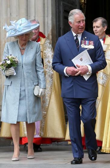 2015-05-10-4-O-principe-Carlos-com-Camilla-Parker-Bowles