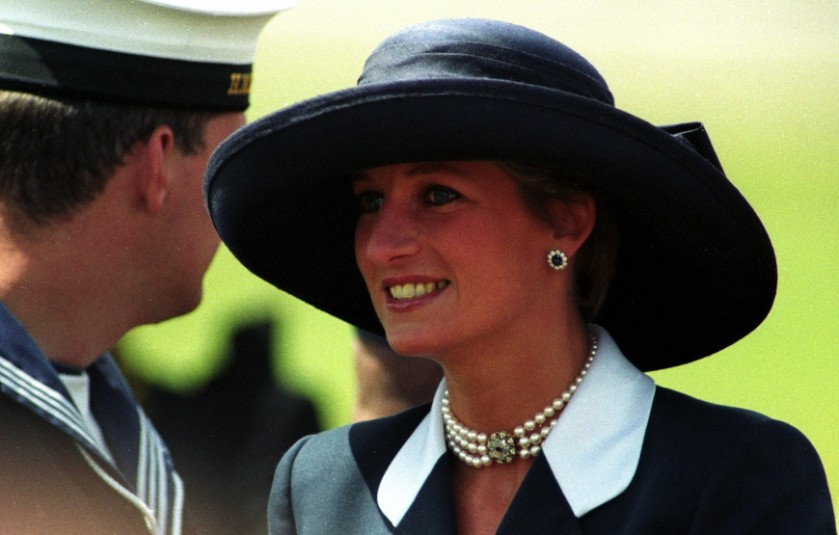 2012-08-28-53-princess-of-wales-attends-the-50th-anniversary-commemoration-of-d-day-june-5-1994