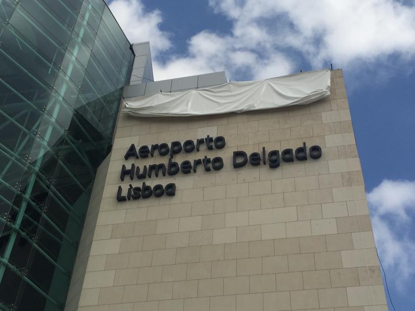 aeroporto_humberto_delgado_210767ec2