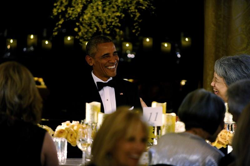 2016-08-03-24-Barack-Obama-e-a-mulher-do-primeiro-ministro-de-Singapura-Lee-Hsien-Loong
